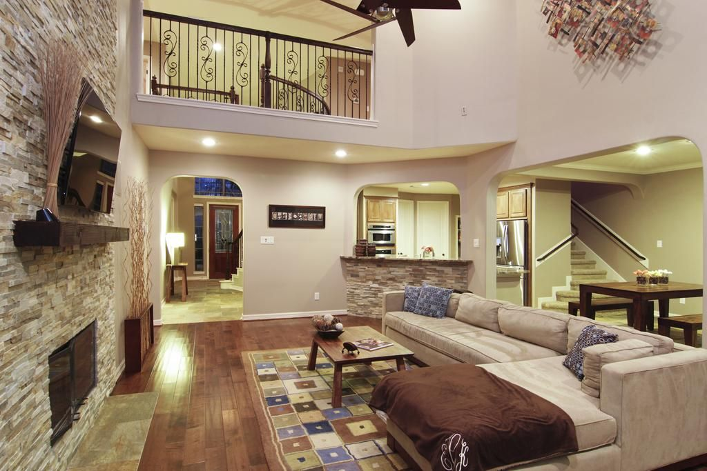 double height ceiling with bridge - Google Search | House ...