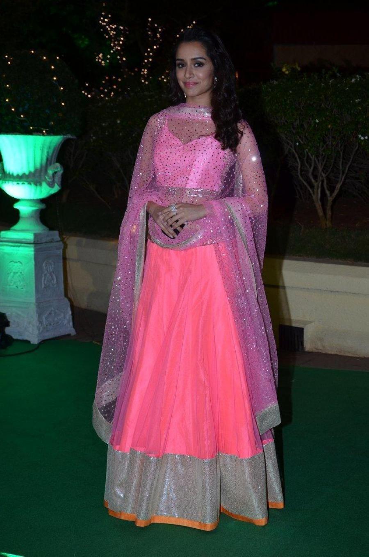 Shraddha Kapoor Photos At Wedding Reception In Pink Dress | food ...