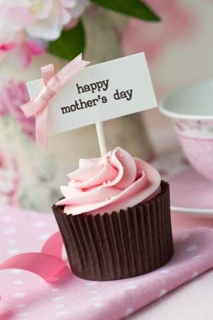 Happy mothers day glutenfree chocolate cupcakes with pink glutenfree chocolate cupcakes with pink champagne frosting recipes http negle Images