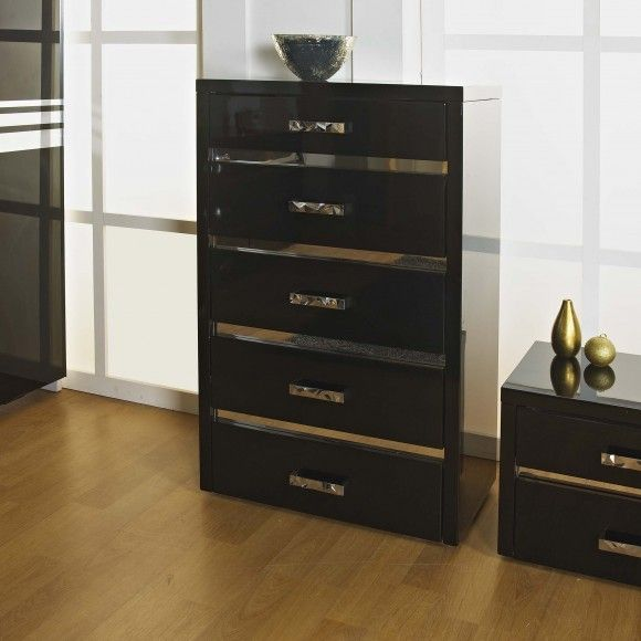 Alessia 5 Drawer Chest of Drawers in High Gloss Black A stunning