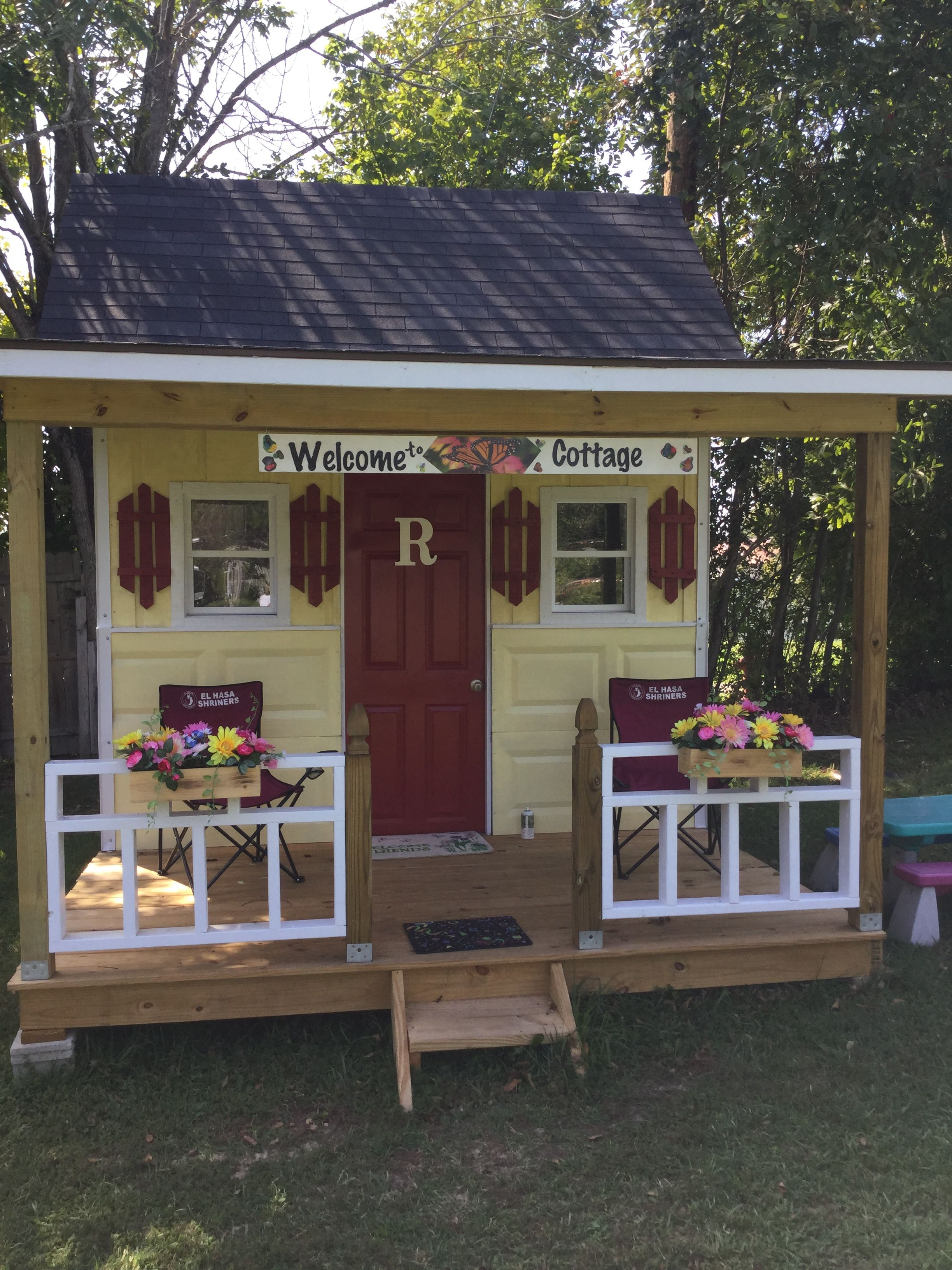 Just Completed Our 9x10 Playhouse Using Garage Door Siding Play Houses Outdoor Decor Garage Doors