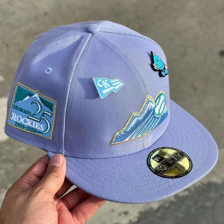 Brimmy Neutron On Instagram Colorado Rockies 25th Anniversary Northern Lights By Hatclub In 2021 Fitted Hats Style Board Hats