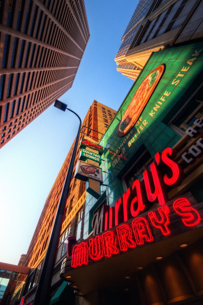 Murray S Steak House In Downtown Minneapolis An Icon Since 1946