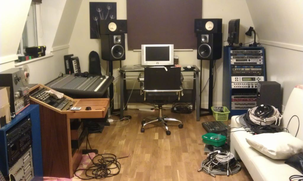 Complete Home Recording Studio Software And Apple Mac Pro Home