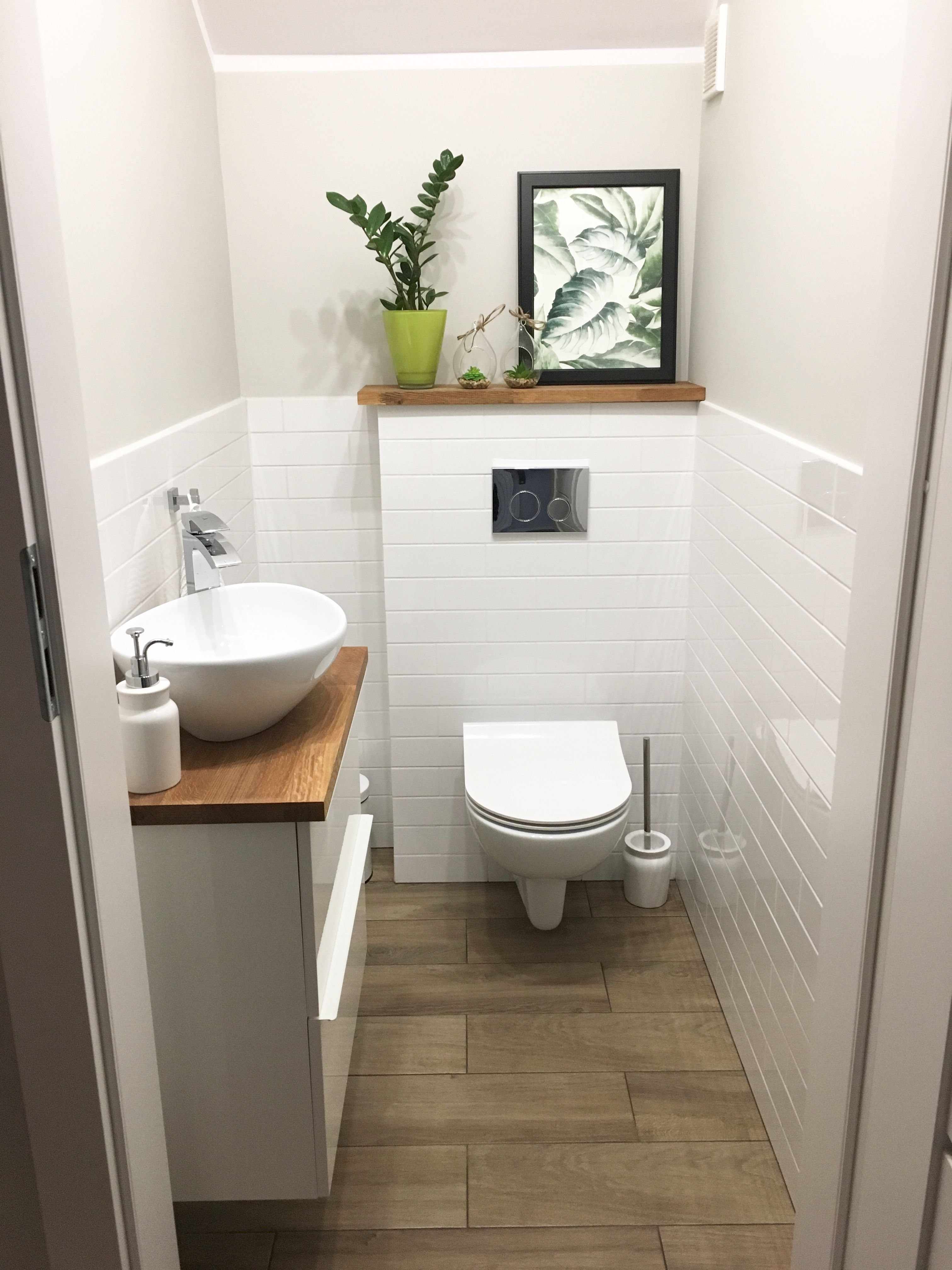 Toaleta Pod Schodami Toaleta Pod Schodami Es Ist Einfacher Als Sie Denken Sich Kleine In 2020 Wohnung Badezimmer Dekoration Badezimmer Dekor Kleine Badezimmer Design