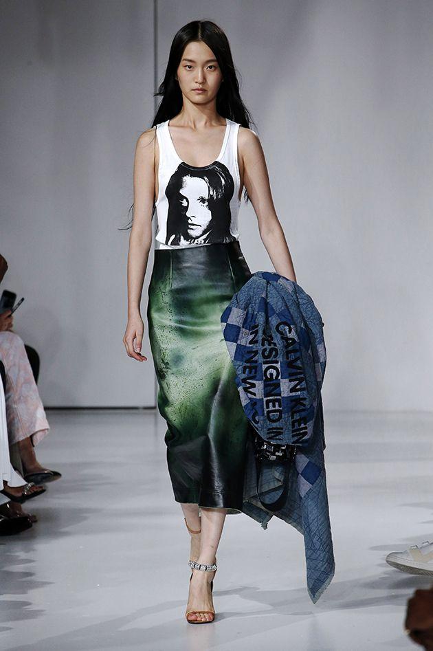 """ac540d6ea0f26 A temática americana aparece novamente na Calvin Klein de Raf Simons. A  coleção """"Sweet Dreams""""... Mais"""