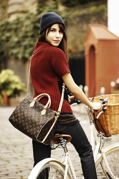 louis vuitton monogram canvas bag speedy 25 with shoulder strap  getting this for myself for my
