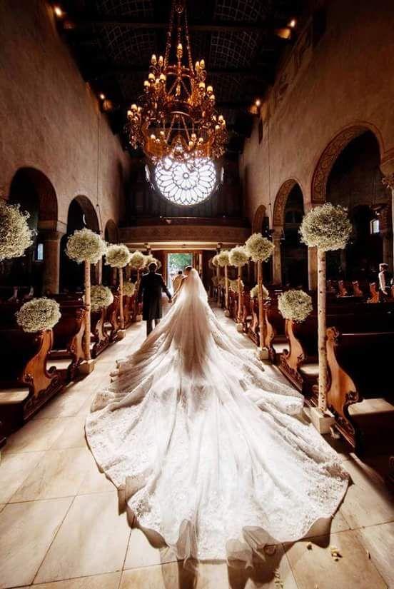 7c7dae633296 Victoria Swarovski s ultra fab 6-meter train. Victoria Swarovski s wedding  gown ...