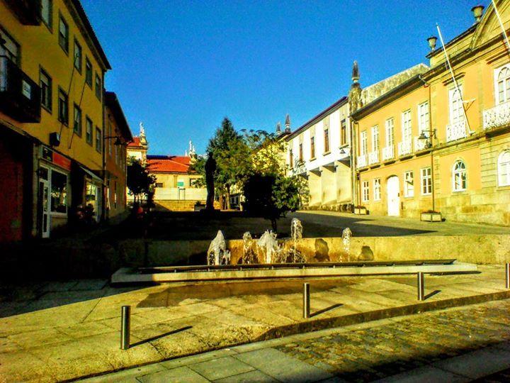 Boa tarde :D A Praça Municipal de Arcos de #Valdevez - http://ift.tt/1MZR1pw -