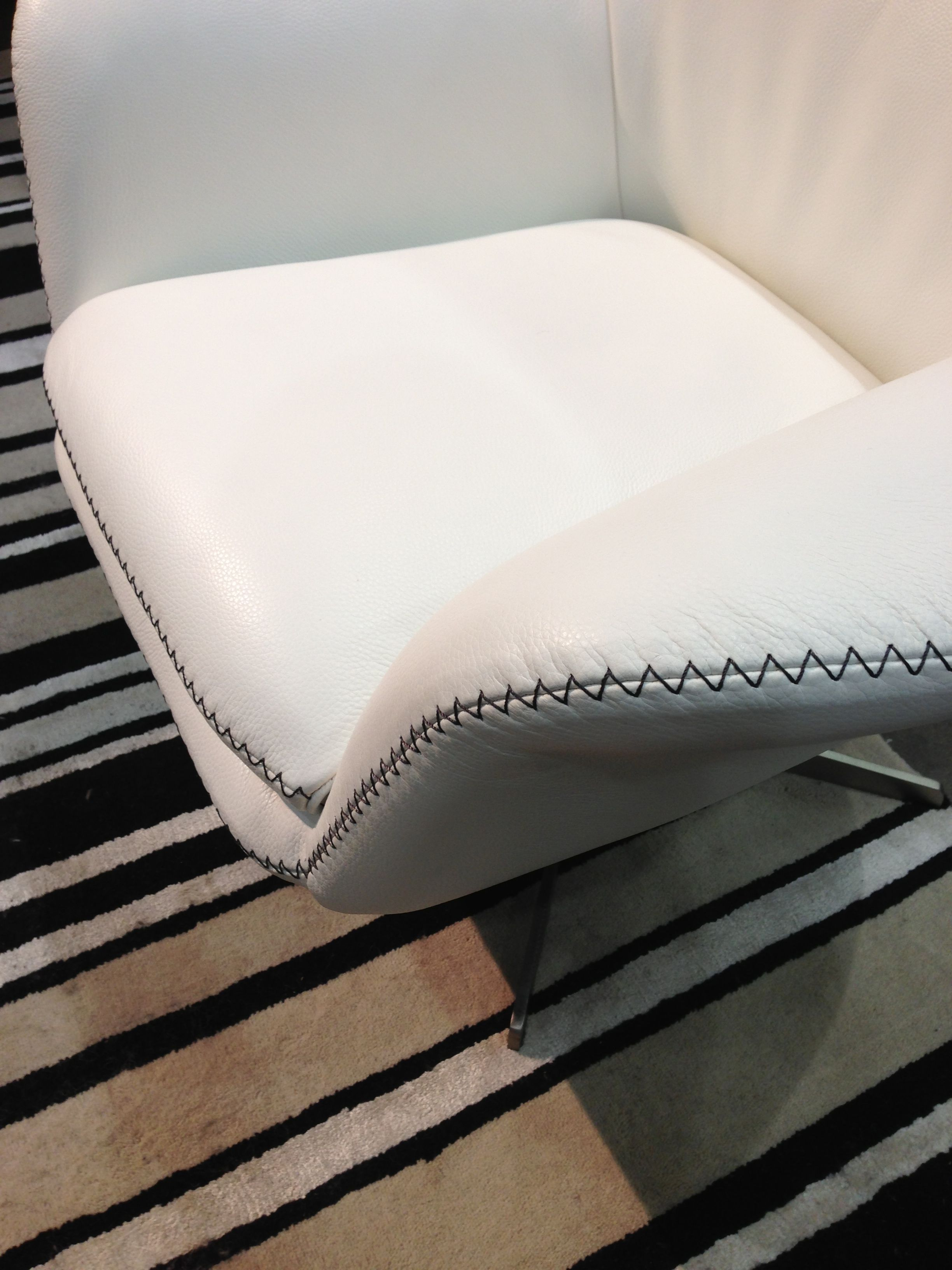 Leather With Contrast Top Stitching Upholstery Bed
