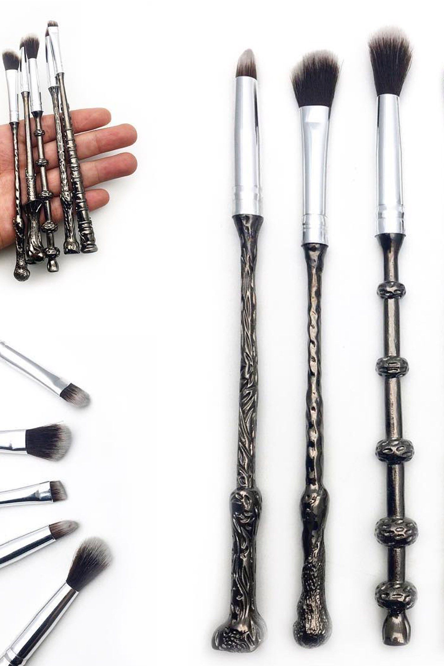 Photo of Harry Potter Makeup Brushes Are So Popular, They Sold Out Before They Launched