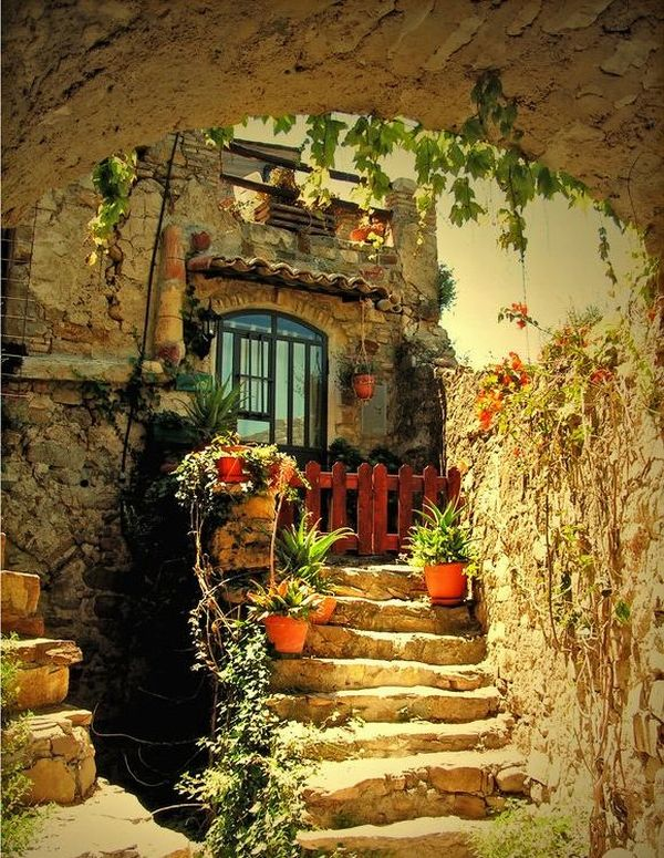 Red Gate on a 17th Century House, Tuscany, Italy