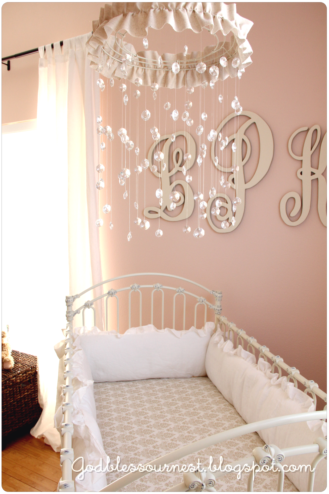 God bless {our} nest: DIY: Crystal Baby Mobile | Chantournage ...