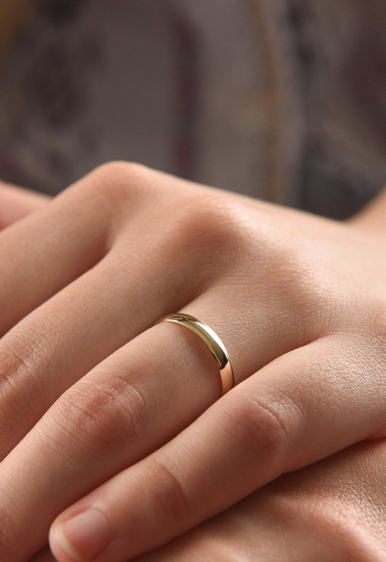3 Mm Classic 14k Gold Wedding Band Yellow White Or Rose Etsy 14k Gold Wedding Band 14k Gold Wedding Ring Gold Wedding Band