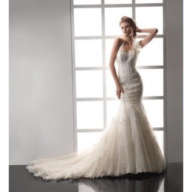 Royal Weddings Long Halter Lace Wedding Dresses Mermaid Style retro 50s