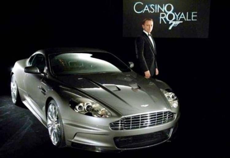 X LARGE James Bond 50TH Light /& Sound Aston Martin Vanquish Daniel Craig =