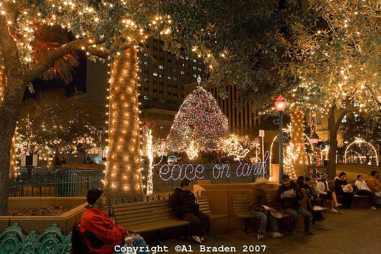 Fred Loya Light Show 2020.Christmas Lights At San Jacinto Plaza The Heart Of Downtown