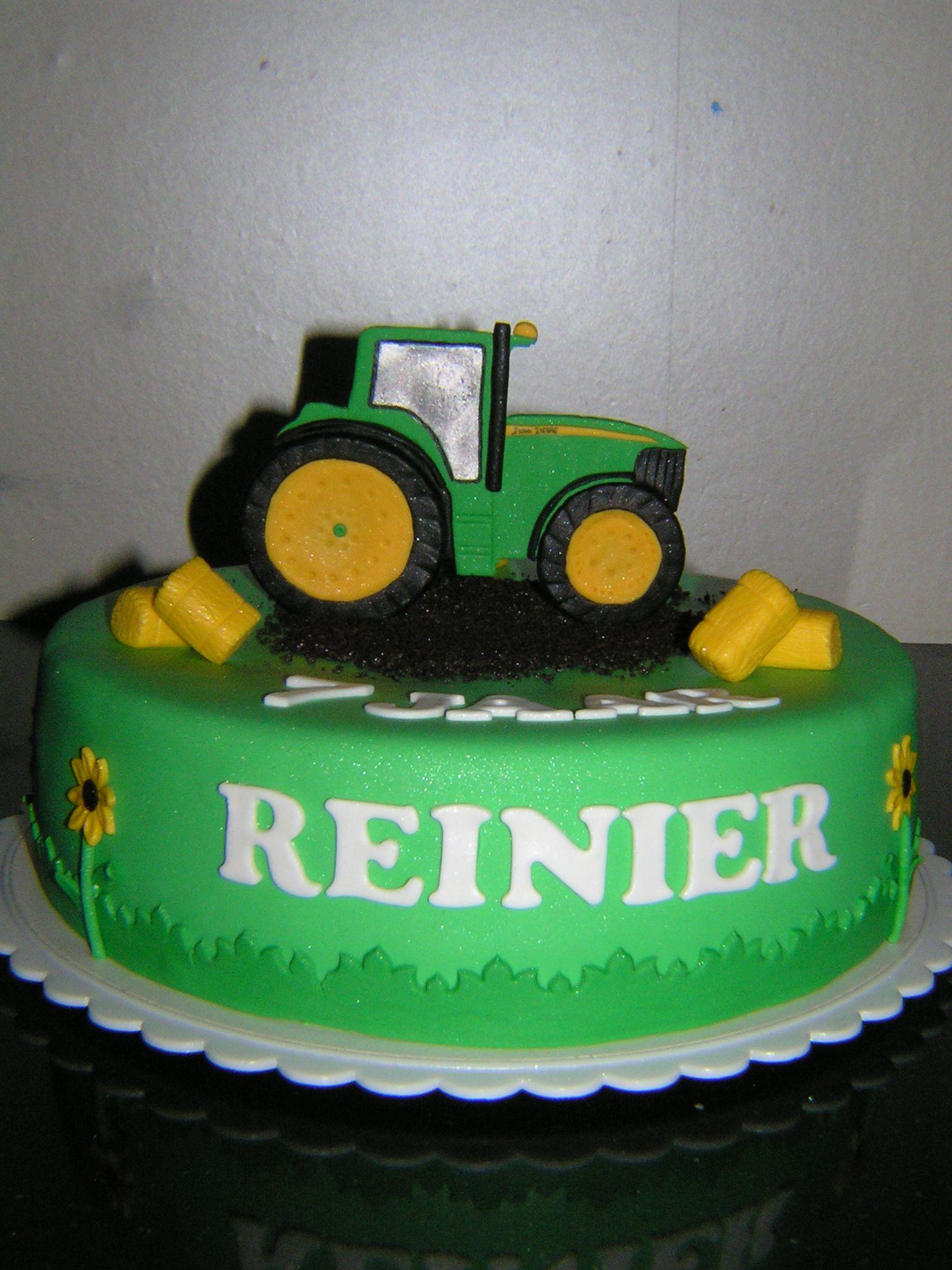 John Deere cake Made by wwwzoetekroonnl wwwfacebookcom