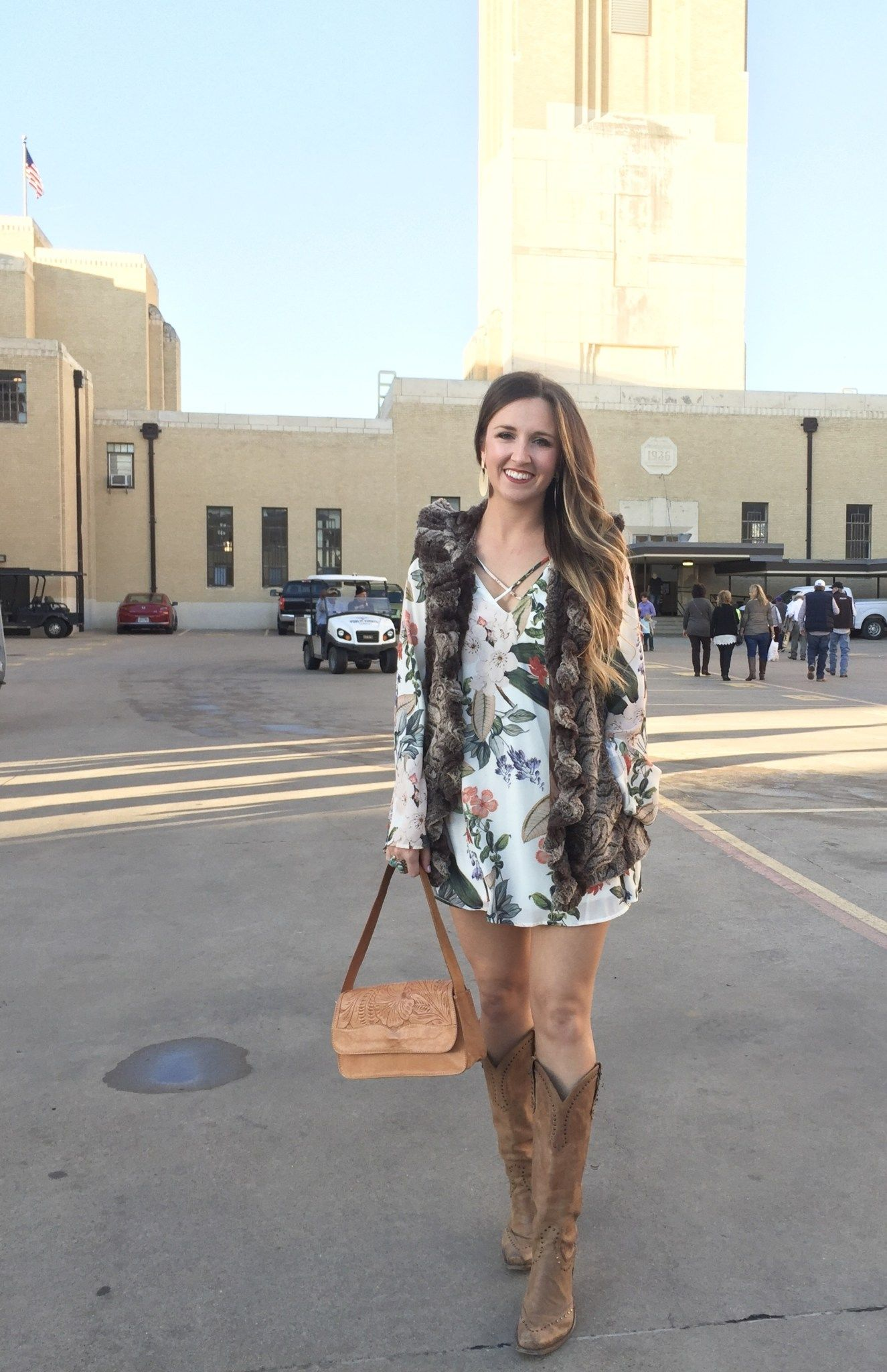 dae0ccc09f3b Cute Outfit Ideas for Rodeo Season – Cait and Co. Blog. Houston Rodeo