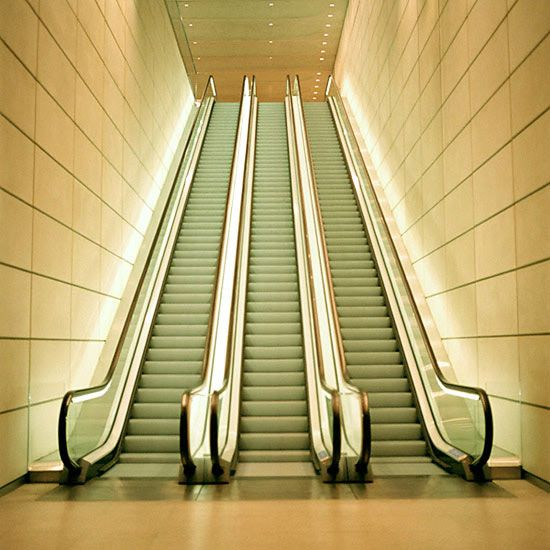 On March 15 1892, Jesse Reno Patented His Moving Stairs Or Inclined  Elevator As He Called It.
