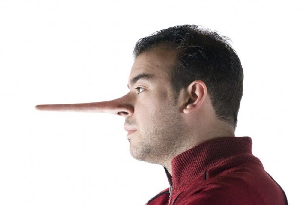 7 gestos de un hombre mentiroso