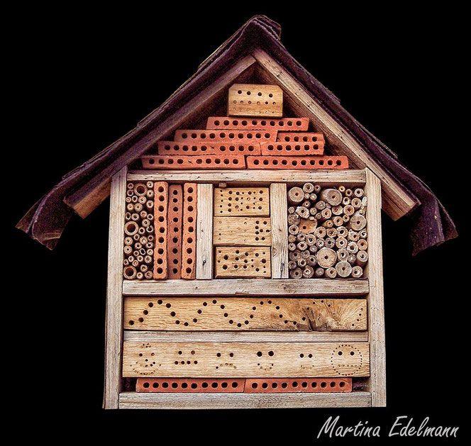 insektenhotel insektennisthilfe nisthilfe schilf bohrungen strangfalzziegel garten insekten. Black Bedroom Furniture Sets. Home Design Ideas