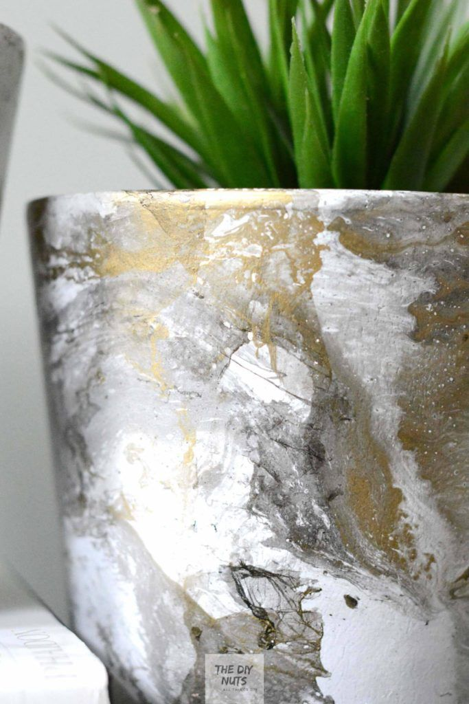 How to make DIY Marbled Pots: Which paint marbling technique is best? - The DIY Nuts