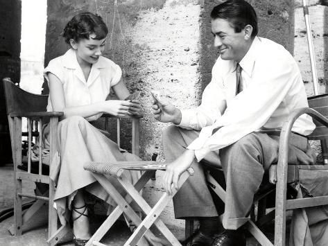 Photographic Print: AUDREY HEPBURN; GREGORY PECK. ROMAN HOLIDAY [1953], directed by WILLIAM WYLER. : 12x9in #williamwyler Photographic Print: AUDREY HEPBURN; GREGORY PECK. ROMAN HOLIDAY [1953], directed by WILLIAM WYLER. : 12x9in #williamwyler