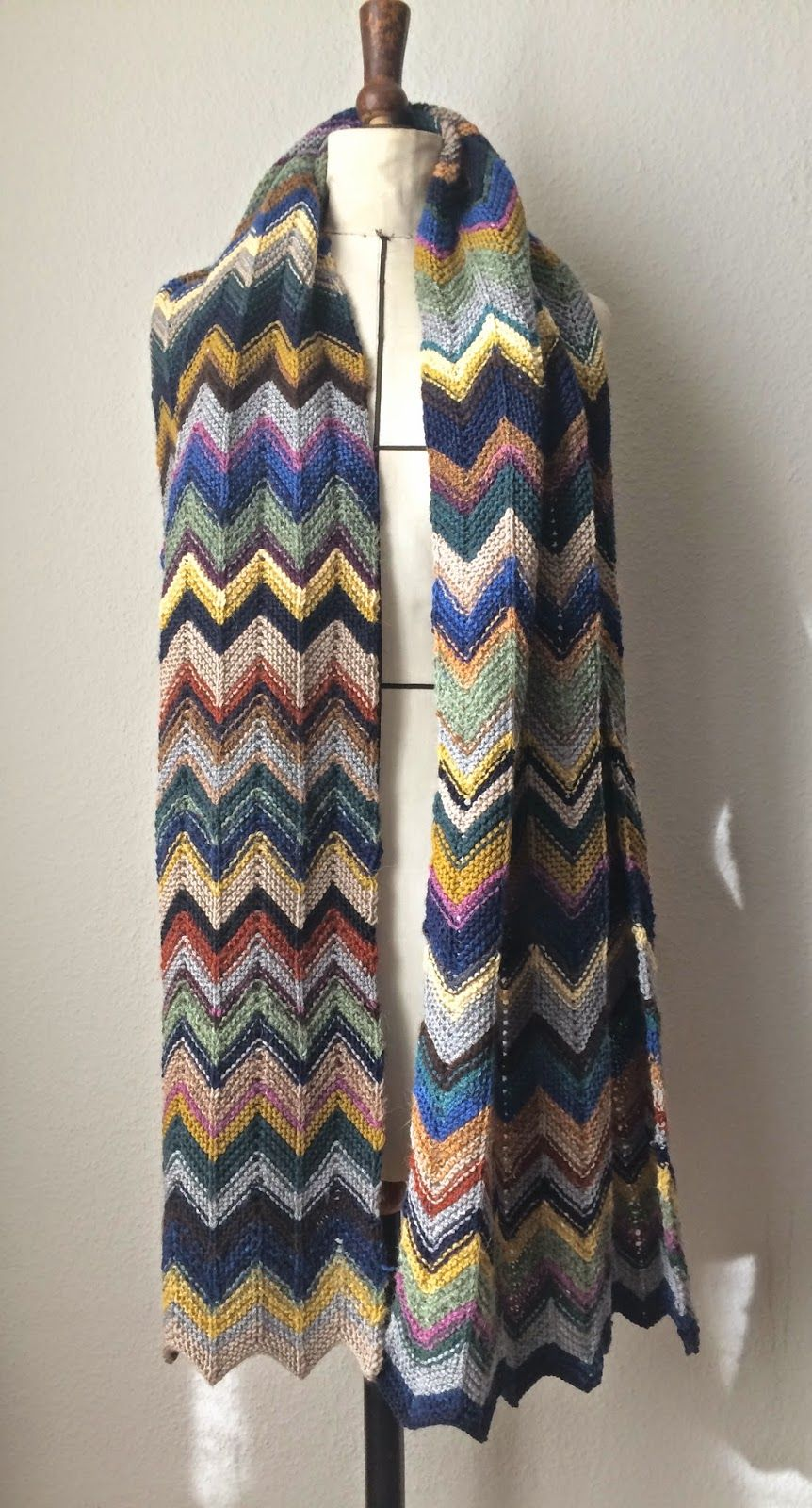 Chevron Schal | knit | Pinterest | Chevron-schals, Schals und Stricken