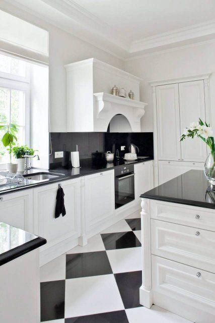 Blat Kuchenny Kamienny Czy Laminowany Kuchnia Kitchen White Kitchen Kitchen Cabinets