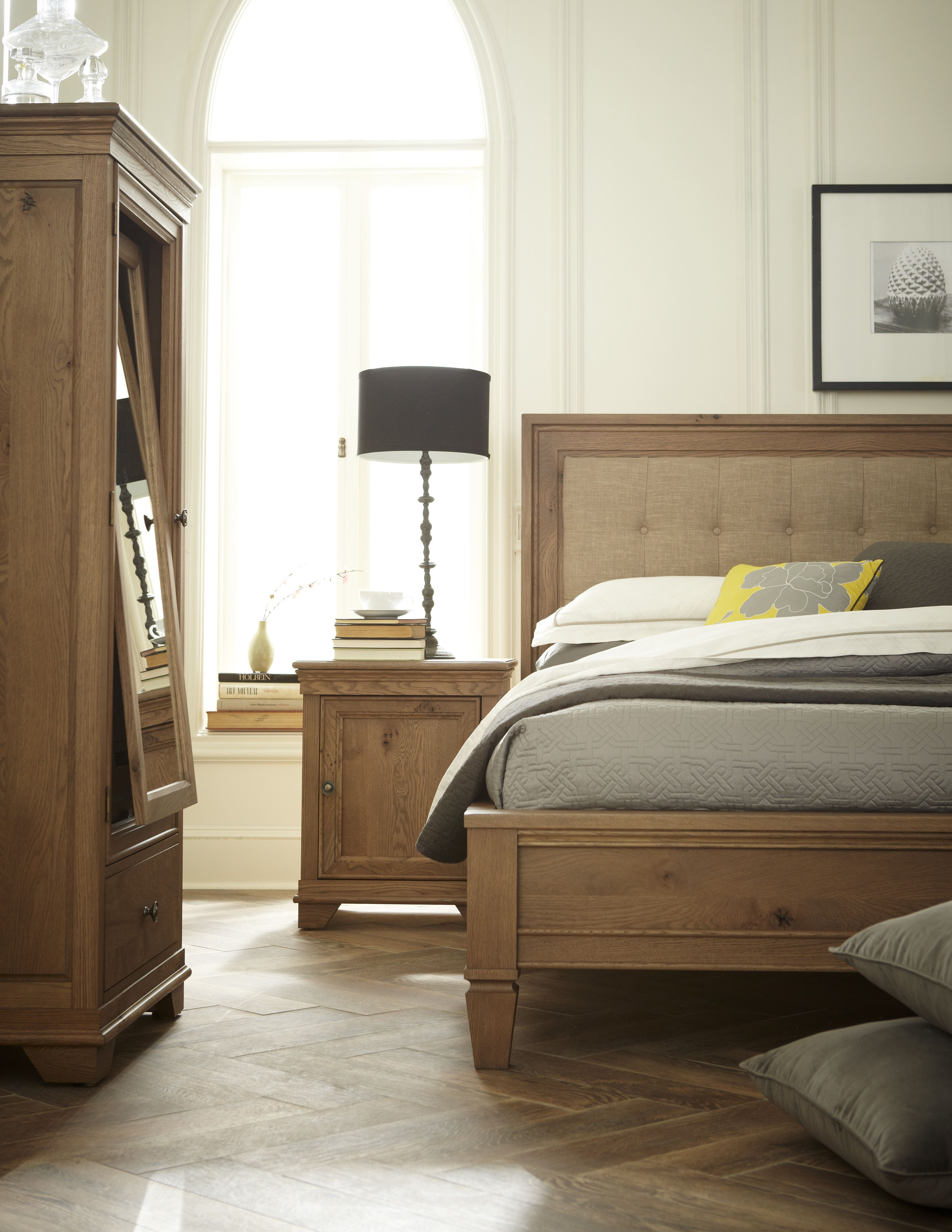 Great looking rustic oak bedroom, available in the great