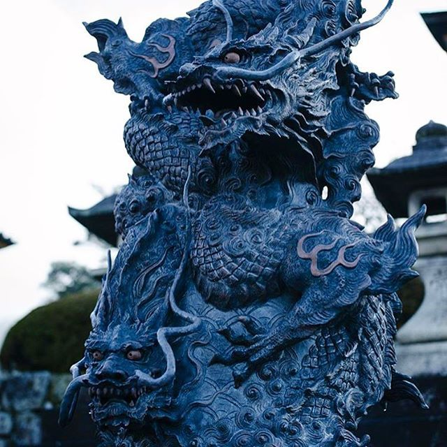 Dragon fountain in Japan - I love these kind of fountains ...