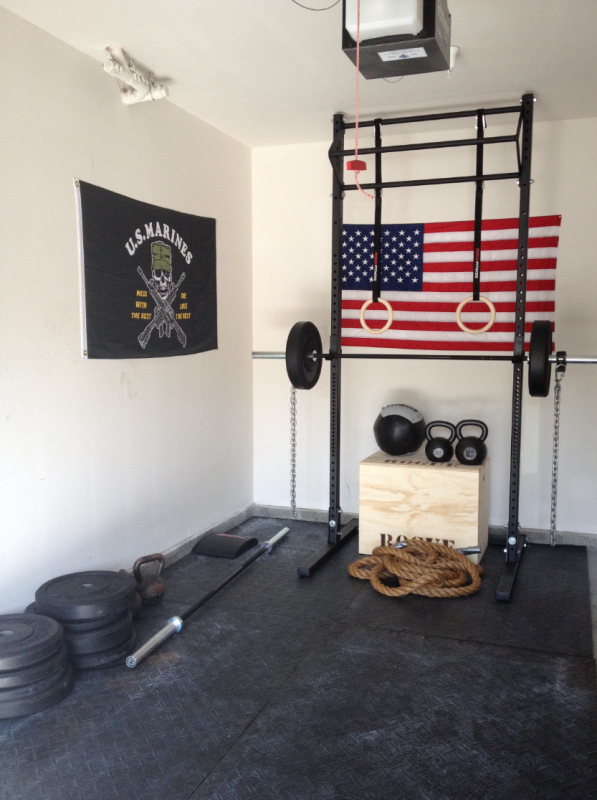 Roguefitness crossfit garage gym box marines build your box