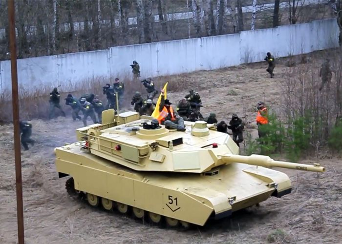 m1a2 abrams airsoft tank overview airsoft amp military