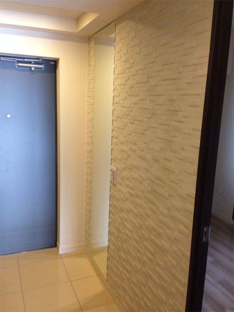 エコカラット グラナス ルドラ と姿見の鏡を玄関に設置する グラナスルドラ 玄関 エコカラット