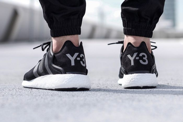 6b16882b6c266 adidas Y-3 Yohji Run (Black Reflective)