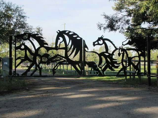 Pin By Sandy Bentley On Art By Equine Gate Design Ranch