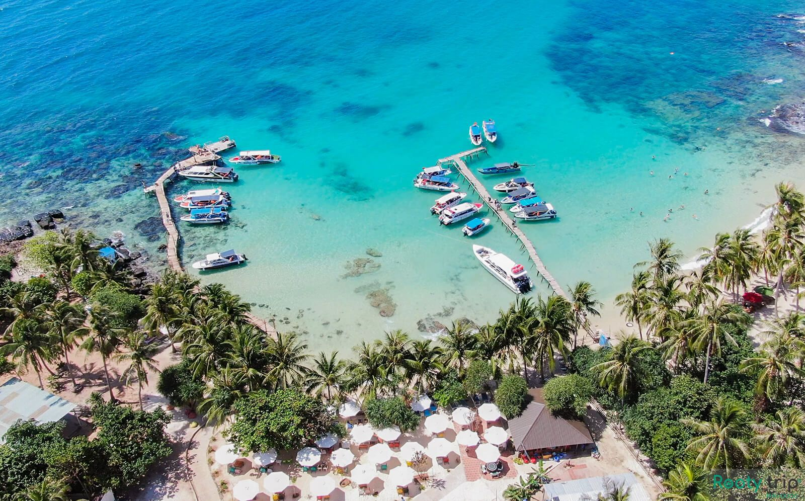 May Rut Island in Phu Quoc – a destination you must visit once in a  lifetime   Fishing tours, Beach at night, Phu quoc