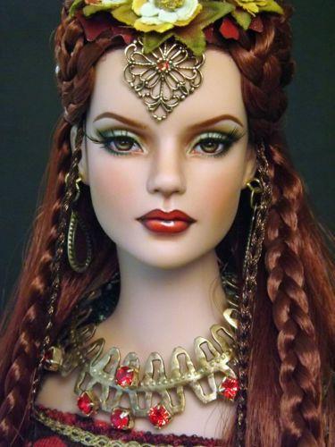 OOAK-Tonner-Sydney-Repaint-The-Goddess-Brigid-by-Halo-Repaints