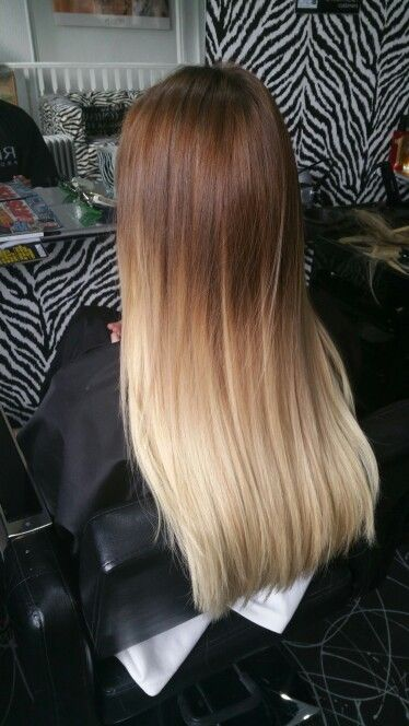Flawless roots/ dip dye hair brown to blonde and perfectly ...