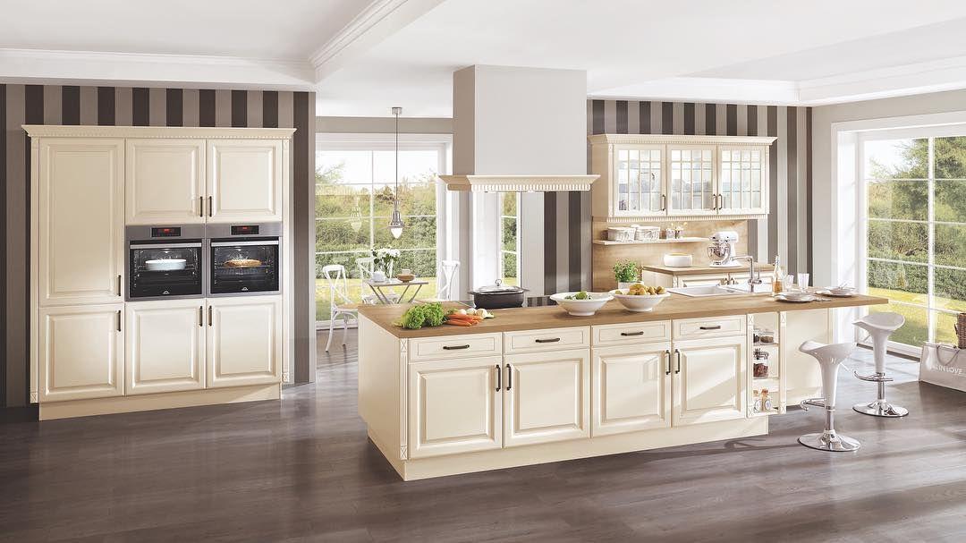 Diese Kuche Zeigt Dass Klassische Stilelemente Und Moderne Kuchengestaltung Wun Home Decors Ideas 2020 Cottage Style Kitchen Modern Kitchen Design German Kitchen