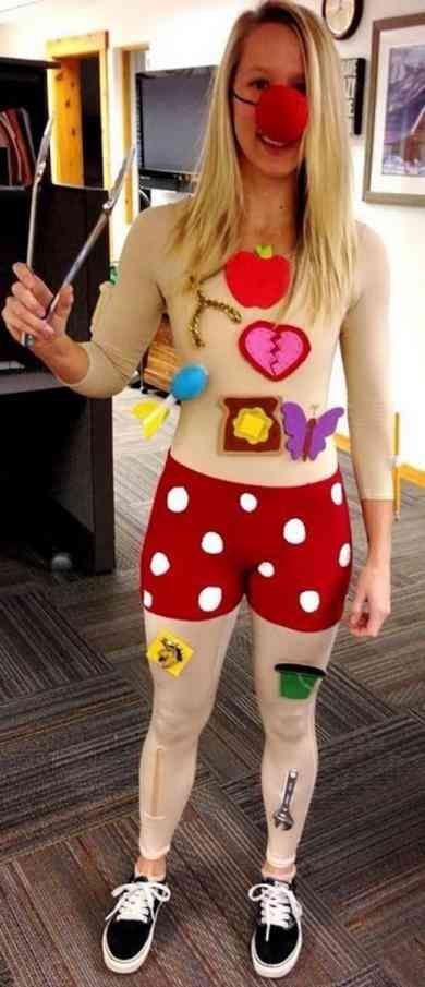 best funny and punny halloween costumes ideas for yourtango also rh pinterest