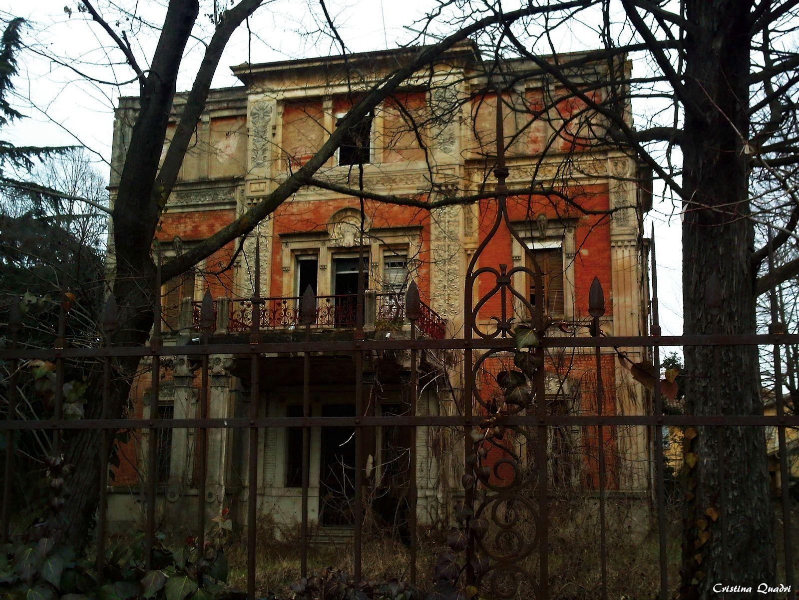 Case abbandonate villa flora borgo panigale bo case for Case abbandonate italia
