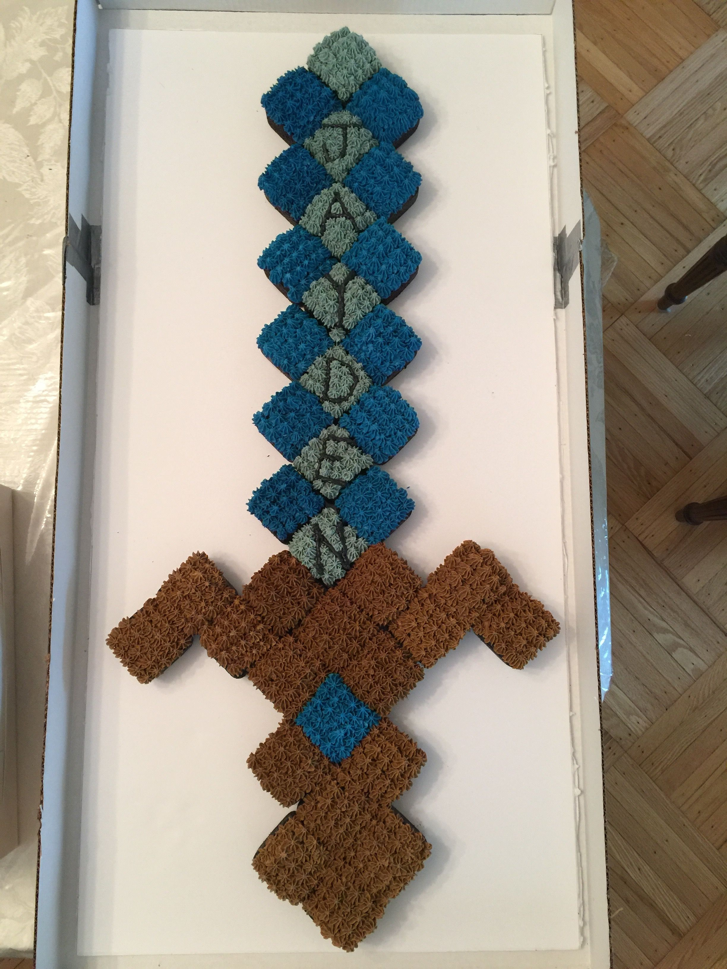 Minecraft Diamond Sword Cupcake Cake. Cookies And Cream Cupcakes With  Cookies And Cream Buttercream Frosting