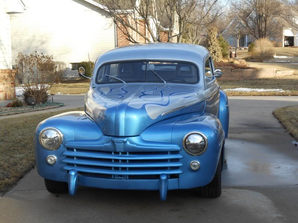 For sale 1948 ford 2 door sedan it 39 s a 4 chop top 302 v for 1948 ford two door sedan