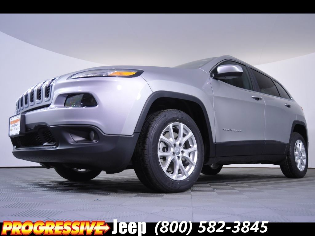 New 2016 Jeep Cherokee Latitude Lease and Sales Special in