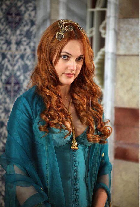 Meryem Uzerli Hurrem Sultan Muhtesem Yuzyil Dress Beautiful Girl Image Meryem Uzerli Actresses