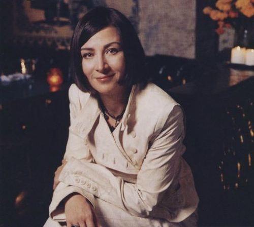 Donna Tartt, photographed by Kevin Sturman. VOGUE, January 2006.
