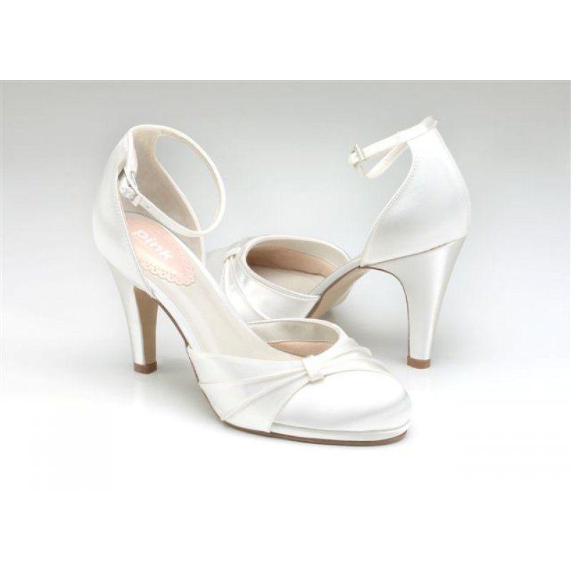 Brautschuhe Hochzeit Pinterest Brautschuhe Brautschuhe Rainbow Schuhe Hochzeit Club Auswahl Riesen Bli In 2020 Bridal Shoes Bride Shoes Wedding Shoes Vintage