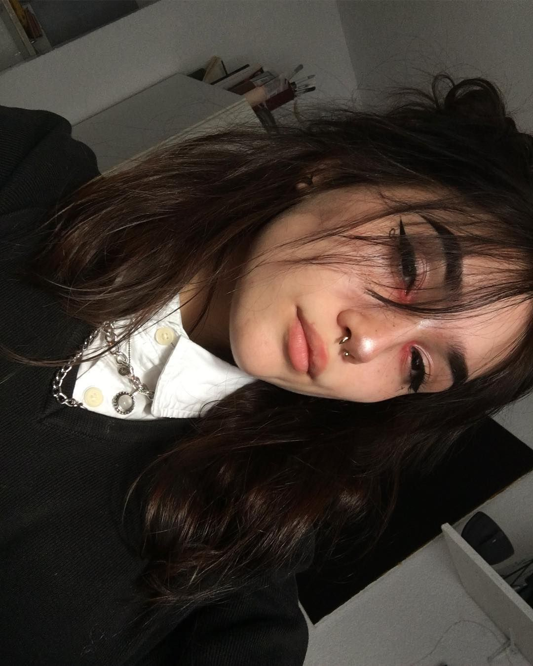Kasia On Instagram I Need Attention Mood Grunger Egirl Vintage Grunge Softgrunge Softaesthetic Edgy Makeup Grunge Makeup Aesthetic Hair